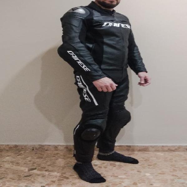 Mono de moto dainese racing iii seminuevo