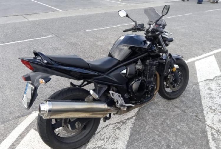 Suzuki bandit 650 gsf 2010 muy cuidada
