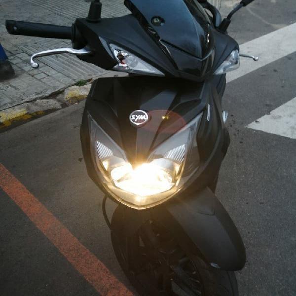 Sym 125cc seminueva