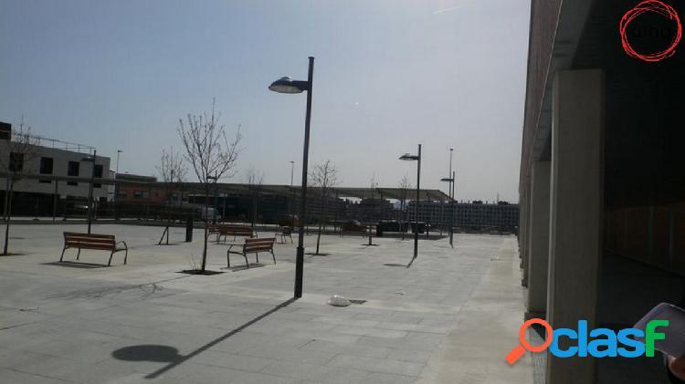 Local obra nueva frente centro salud buztintxuri