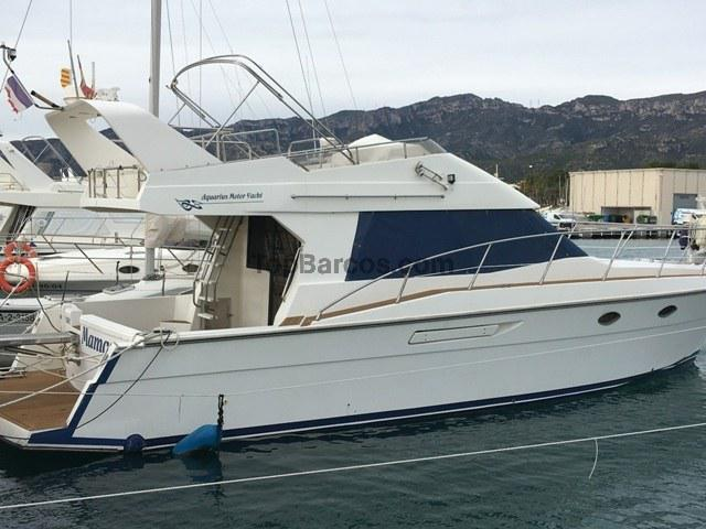 Gold island motor yacht aquarius 421