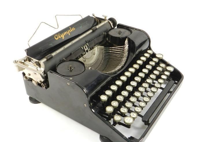 Maquina de escribir olympia año 1935 typewriter