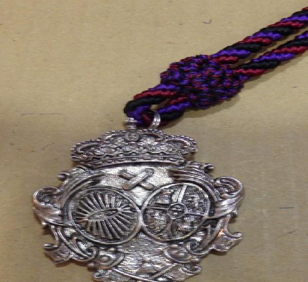 Semana santa sevilla, antigua medalla con cordon hermandad