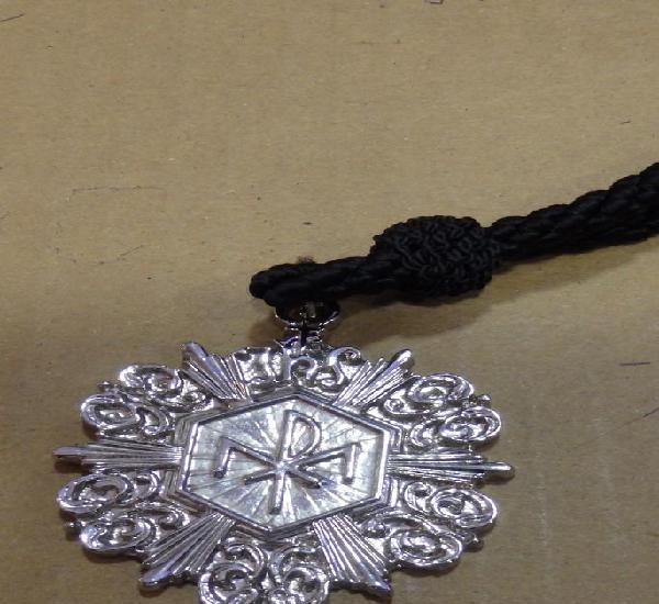 Semana santa sevilla, medalla con cordon hermandad de los