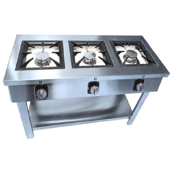 Cocina con mesa 3 fuegos