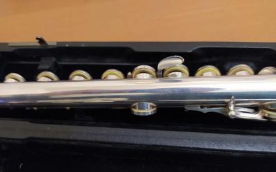 Flauta travesera sankyo cf-601