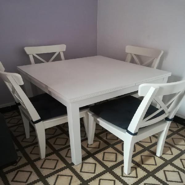 Mesa comedor extensible madera blanca + 4 sillas