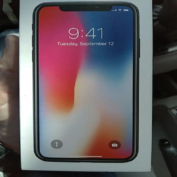 Iphone x de 64 gb semi nuevo