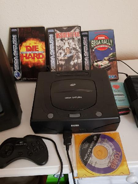 Sega saturn completa, 4 juegos.