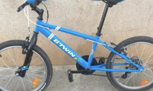 """Bicicleta 20"""" azul oportunidad"""