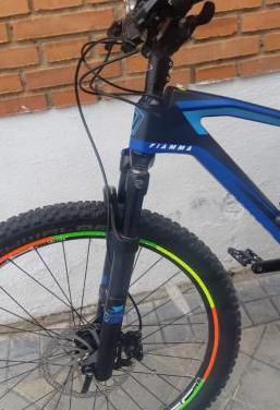 Mtb bicicleta carbono