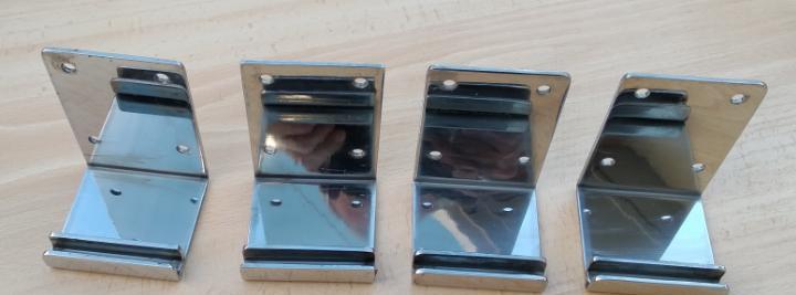 4 soportes inox para rótulo. medidas 10x7 cm. para cristal
