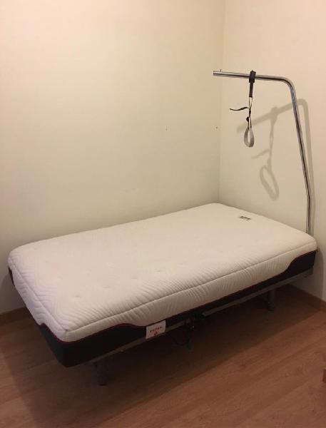 Cama articulada colchón viscolastico y barra