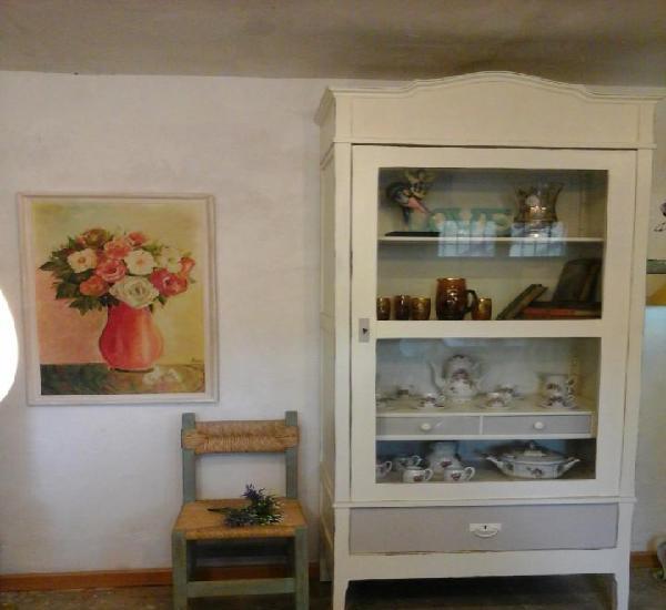Decorativa y espaciosa vitrina antigua años 30 (portes