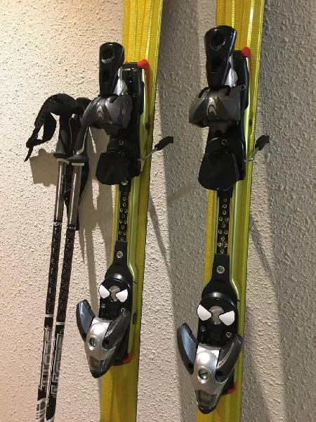 Esquís (salomon) + palos (scott) + funda
