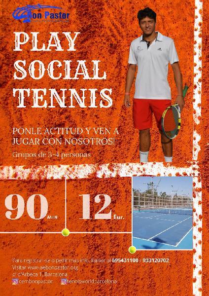 Juega a tenis