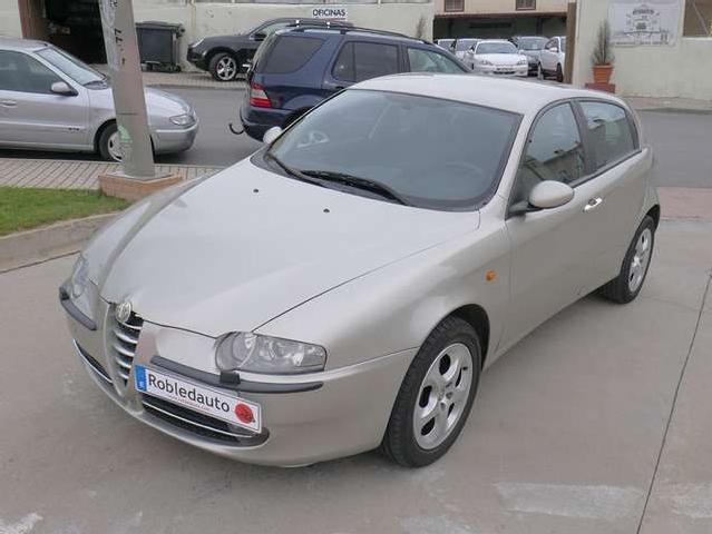 Alfa romeo 147 1.9 jtd distinctive '04