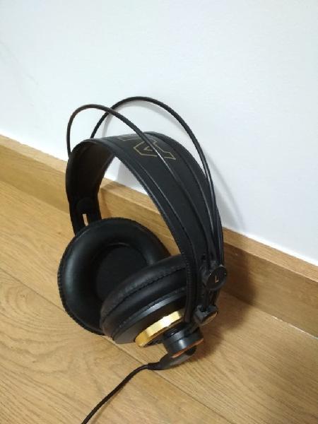 Auriculares akg k-240 studio