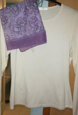 Camiseta básica y fular
