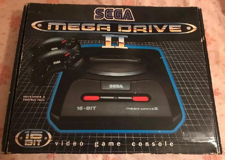 Consola sega megadrive ii con caja