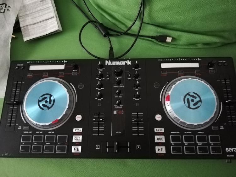 Controladora dj numark nueva