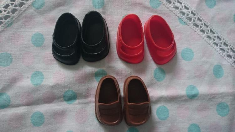 Lote zapatos muñeca lesly de famosa