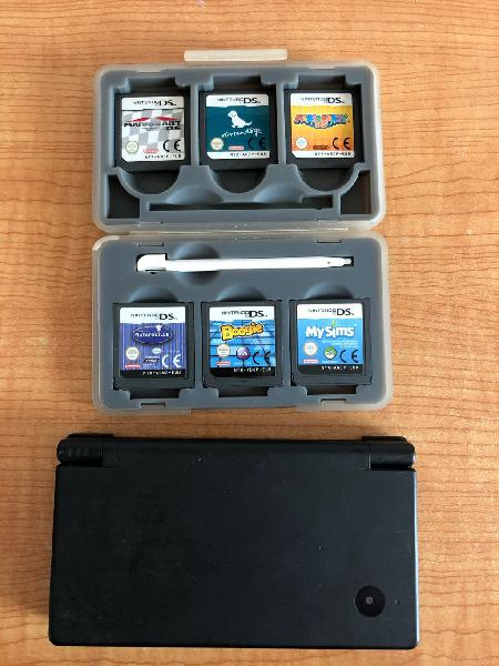Nintendo dsi y varios juegos