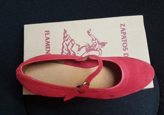 Zapatos de baile color rojo