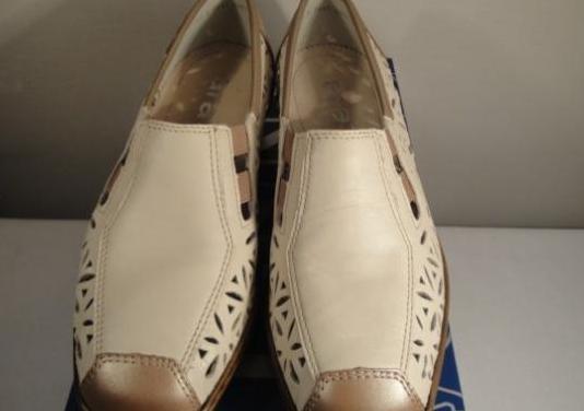 Zapatos mocasín,piel,beige y oro.nº 36