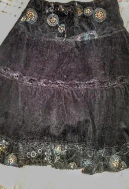 Falda pana t40. nueva