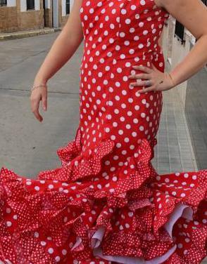 Traje de flamenca talla 40-42