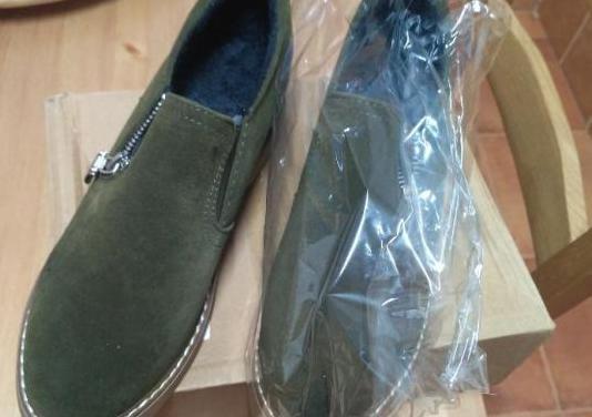 Zapatos nuevos sin estrenar t. 38 / 39