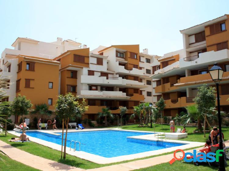 Apartamentos de lujo en punta prima cerca de la playa