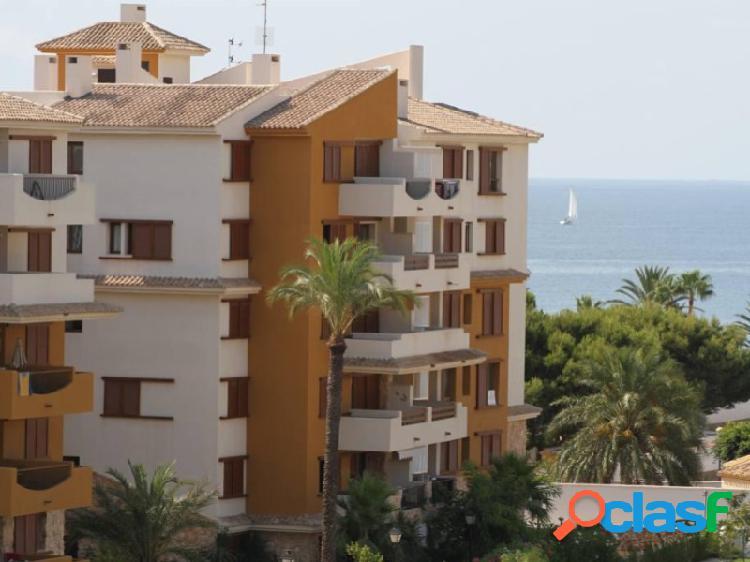 Lujosos apartamentos en primera línea del mar