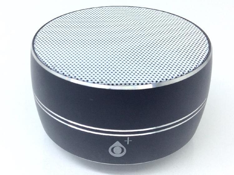 11 % altavoz portatil bluetooth otros redondo negro y blanco