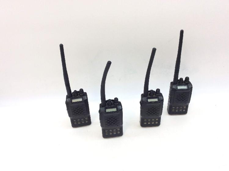 12 % walkie talkie yaesu vx-110 4 unidades 1 cargador