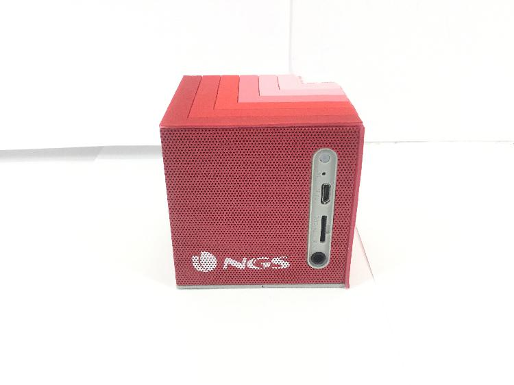 35 % altavoz portatil bluetooth ngs roler cube red