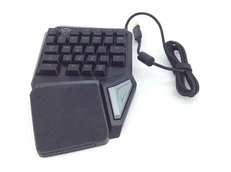 4 % teclado alfanumerico trust gxt 888 assa