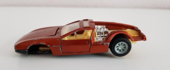 De tomaso mangusta. auto pilen 1/43. mod. 313 made in spain.
