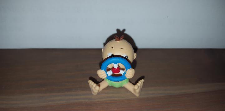 Figura pvc goma bebé sobres sorpresa lucky chico de simba
