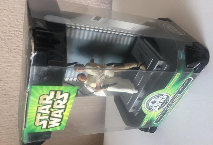 Luke skywalker & leia organa - scene - star wars - power of