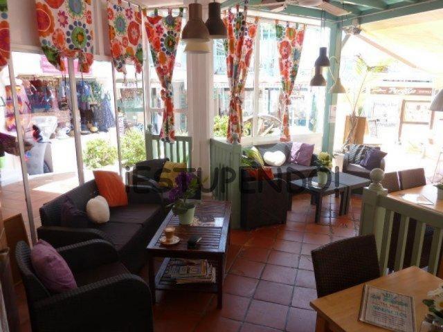Local comercial en traspaso en puerto del carmen (lanzarote)