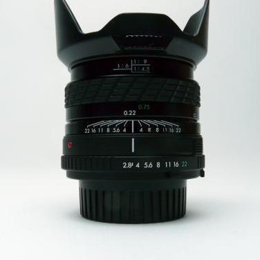Objetivo 28mm f2.8 macro para minolta md