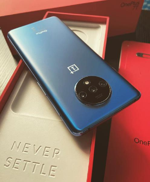 One plus 7t, 128gb, blue glacer