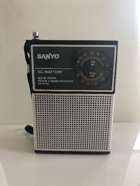Radio sanyo. rp515