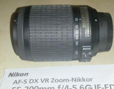 Zoom nikon af-s dx vr f/4-5.6 if-ed 55-200mm