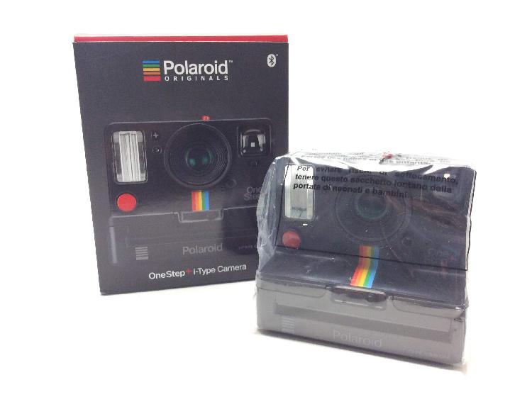 Camara instantanea polaroid one step +