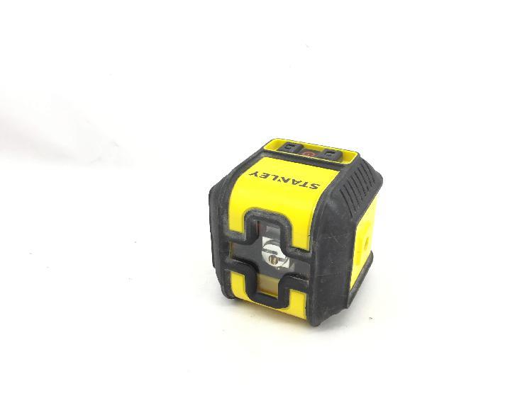 Medidor laser stanley cubix