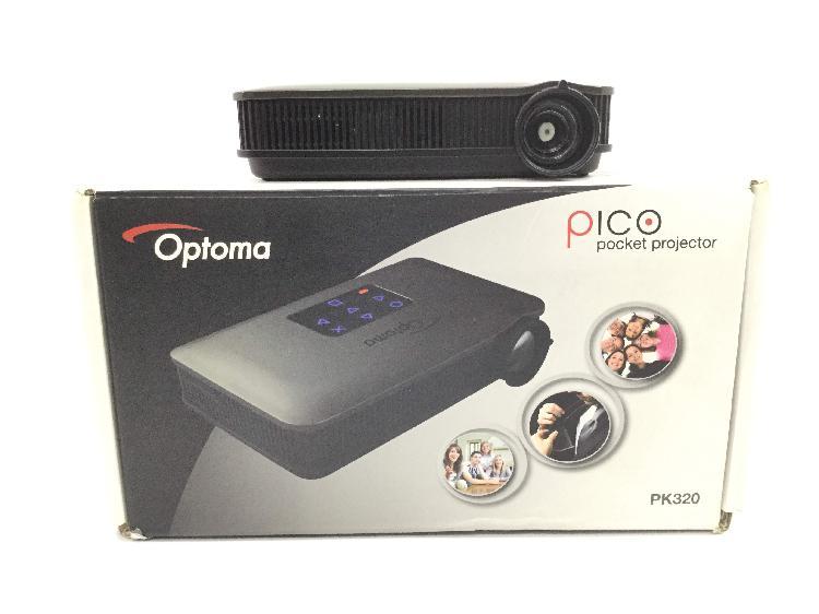 Mini proyector optoma pk320