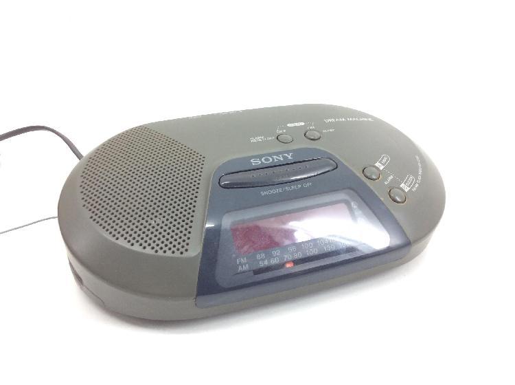 Radio despertador sony icf-c720